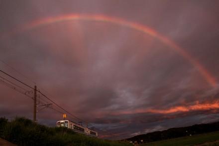 ほくほく線と虹
