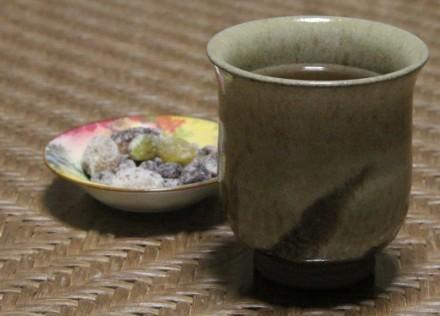 番茶と甘納豆