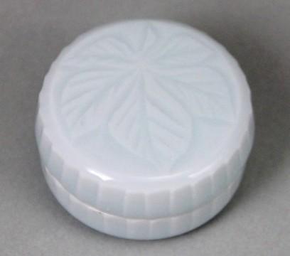 月白瓷香盒