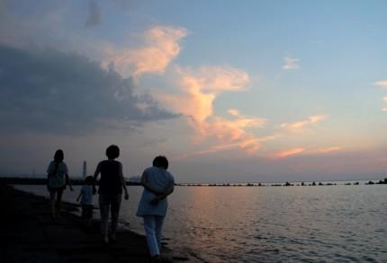 大潟漁港のそば
