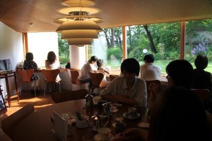 樹下美術館のカフェ