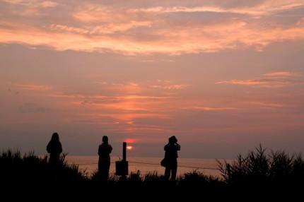 2鵜の浜の夕陽