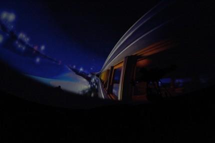 銀河を行く列車