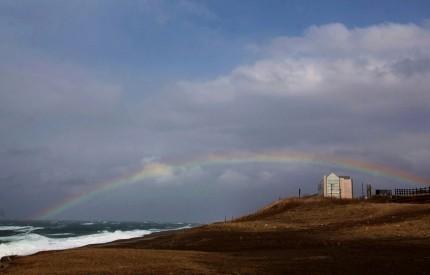 海上の虹 (2)
