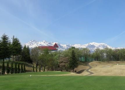 ゴルフコースと妙高山
