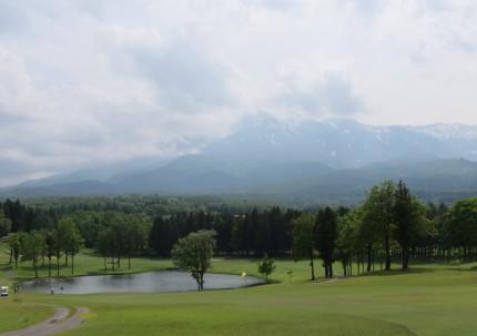 雲と妙高山