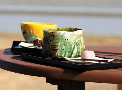ベンチで抹茶