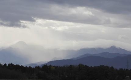 151114妙高山方面の雲