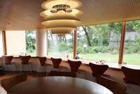 6セブンチェアーとアデルのテーブル