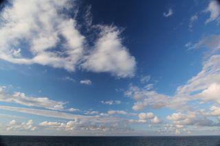 四ツ屋浜の海