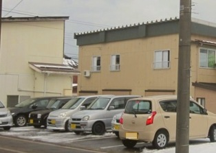 潟町の駐車場