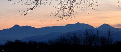 今夕の妙高連山