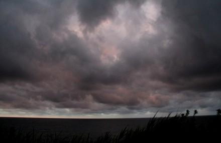 四ツ屋浜の夕雲