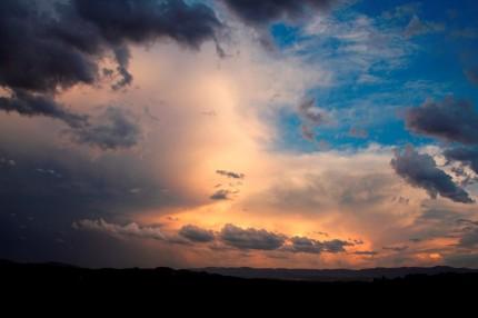 南の雲と暁