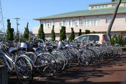 特養の駐車場