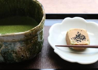 六方焼きと抹茶