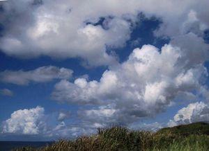 雁子浜の北東の雲