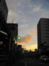 高田駅前の夕景