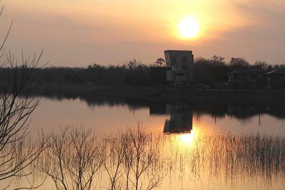 夕暮れの長峰池