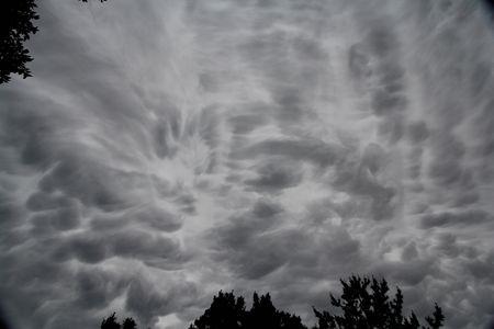 3/奇怪な雲