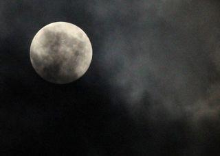 今夜の満月