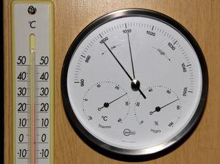 19:36の気象計